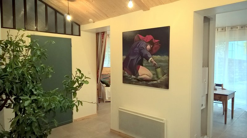 g te appartement en location les carriats langogne sur le chemin de stevenson meubl m. Black Bedroom Furniture Sets. Home Design Ideas
